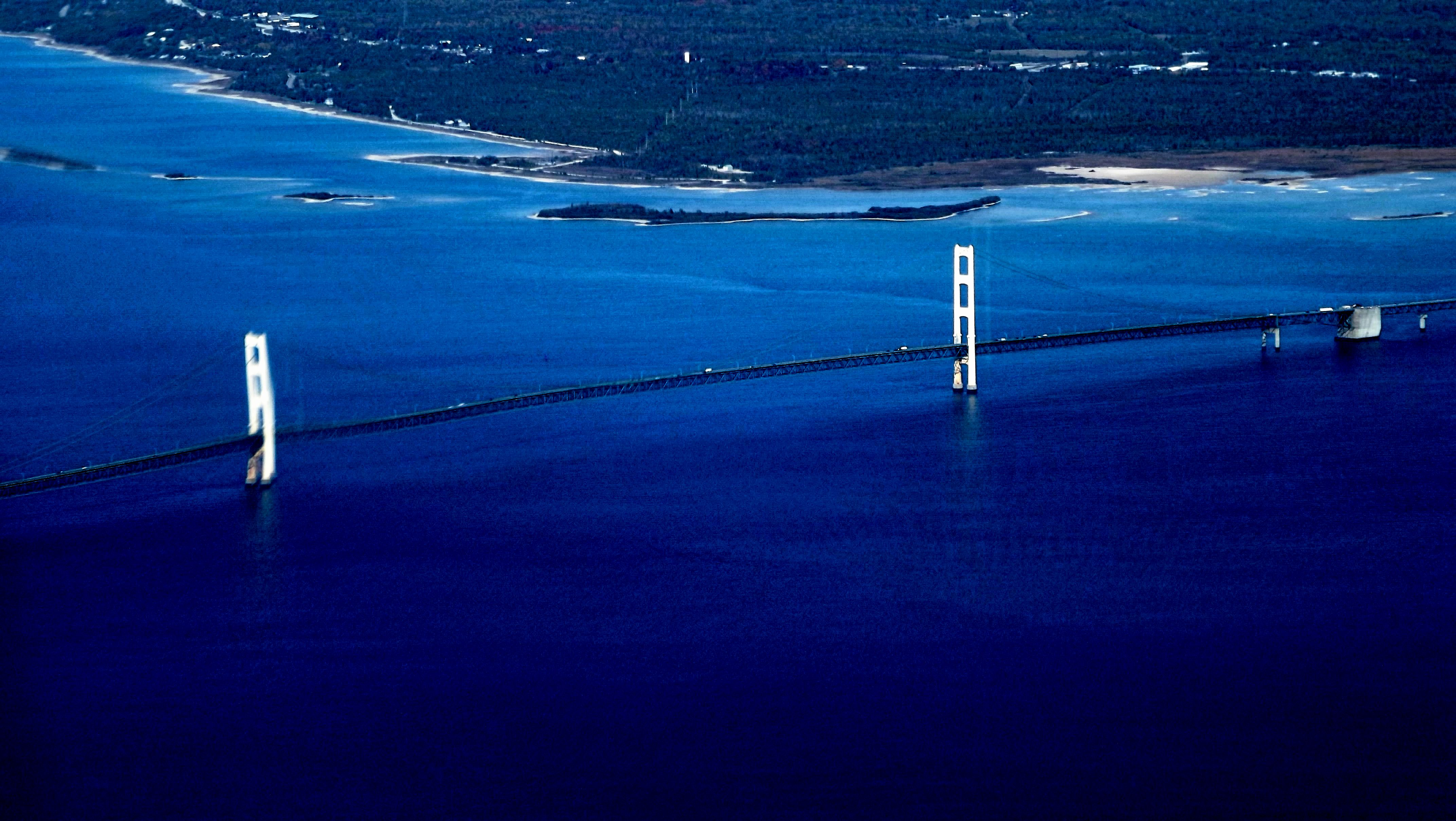 aerial view of the Mackinac Bridge