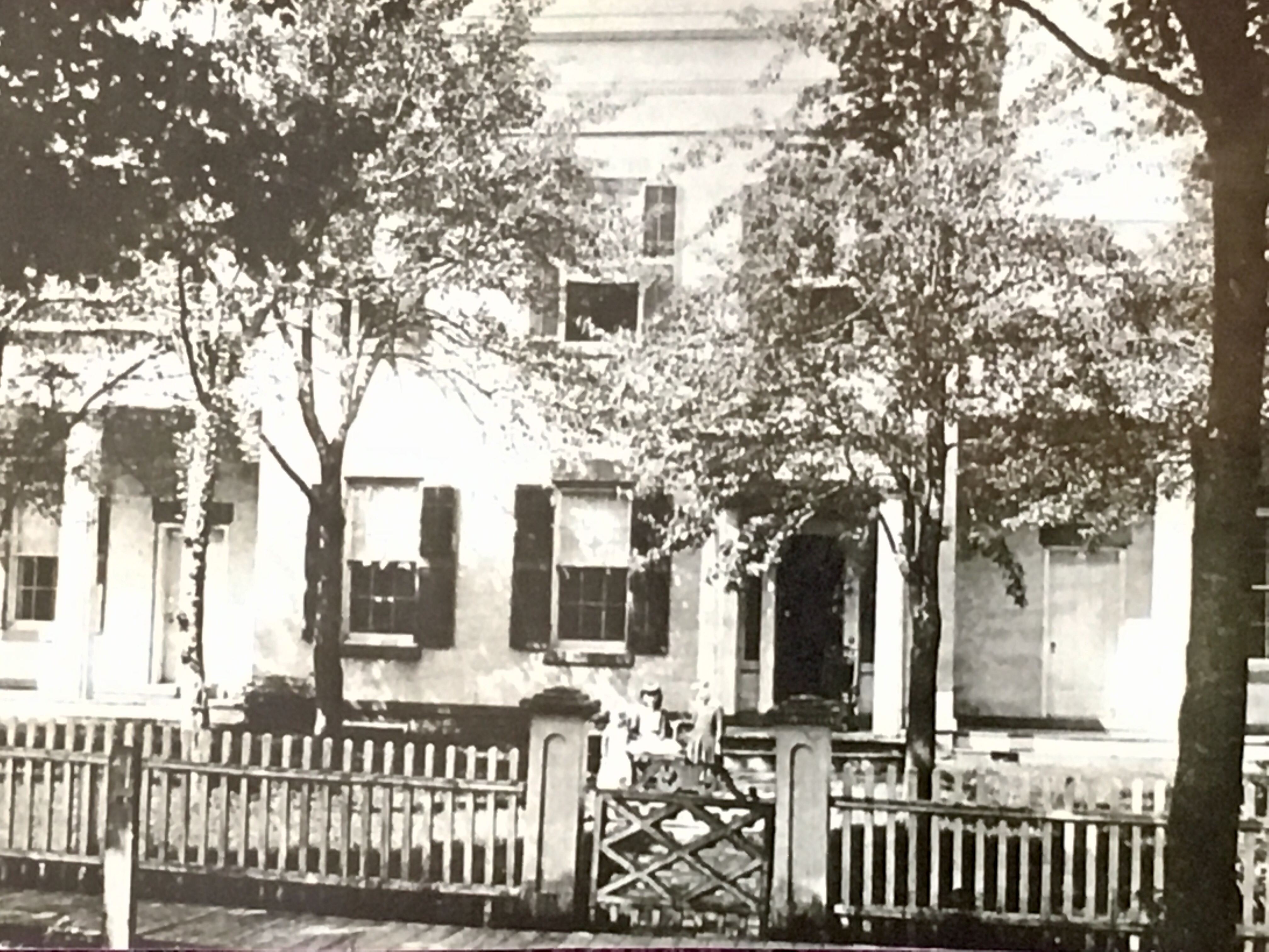 Historic photo of Munro House, the oldest home in Hillsdale County
