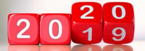 4 Red dice with white numbers showing 2019 changing to 2020