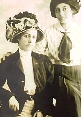 black and white photo of bess and alice munro wearing hats